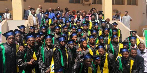 1ère  Cérémonie de remise de diplôme de licences professionnelles à l'ISA.